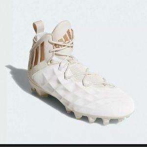 adidas Shoes - Women's adidas cleats!
